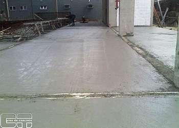 Piso de concreto usinado polido