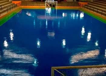Tinta epoxi para piscina